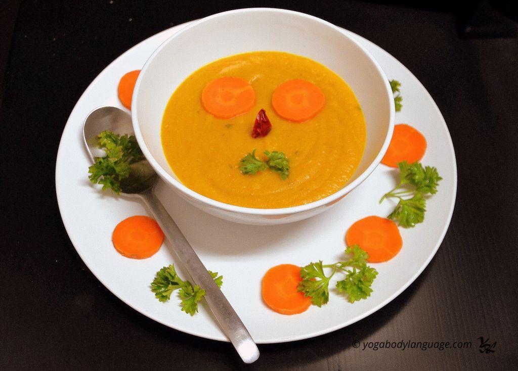 Острый морковный суп-пюре из тыквы со специями